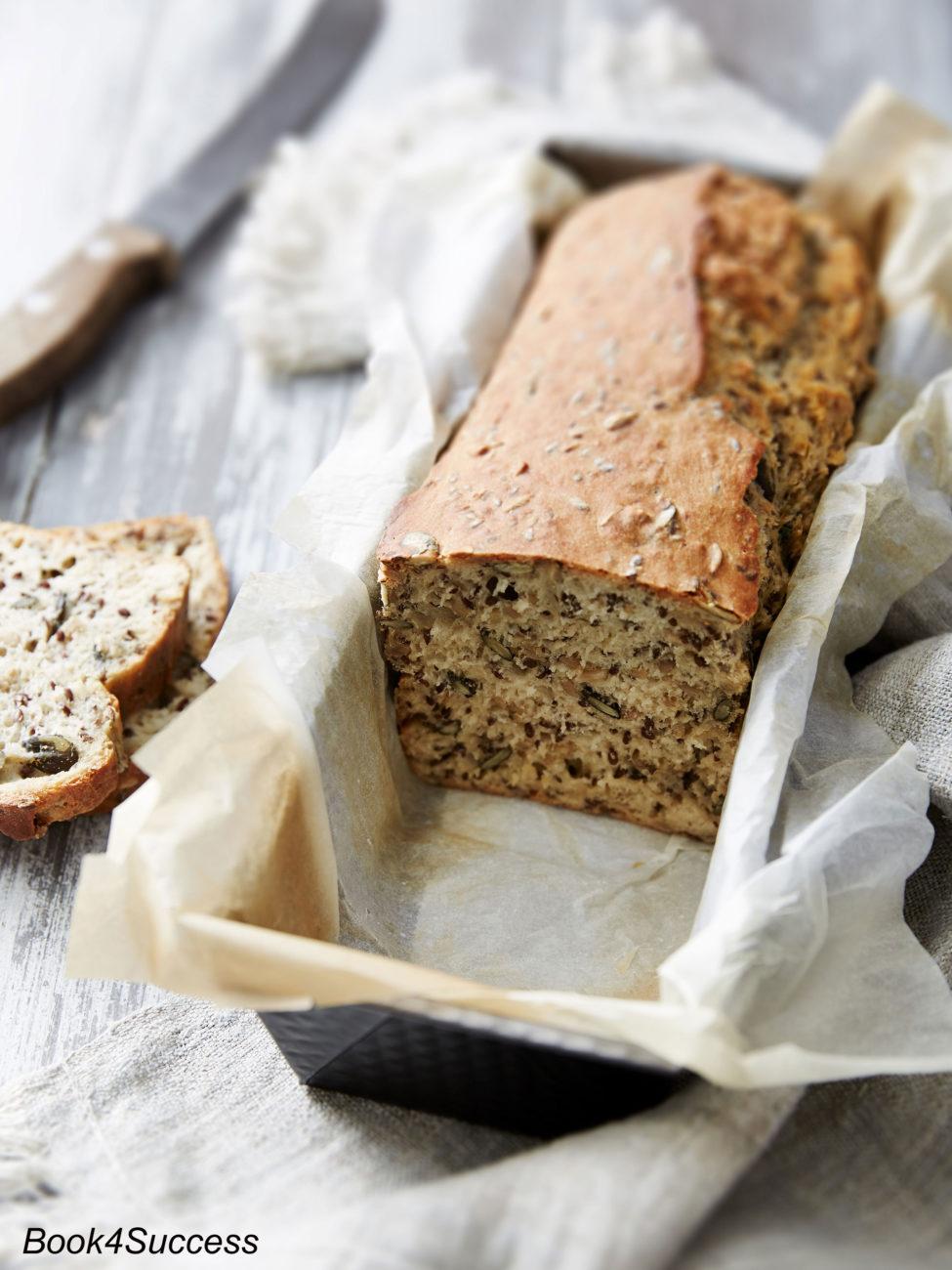 Brot-Rezept: Vollkornbrot ohne Zucker und Weißmehl