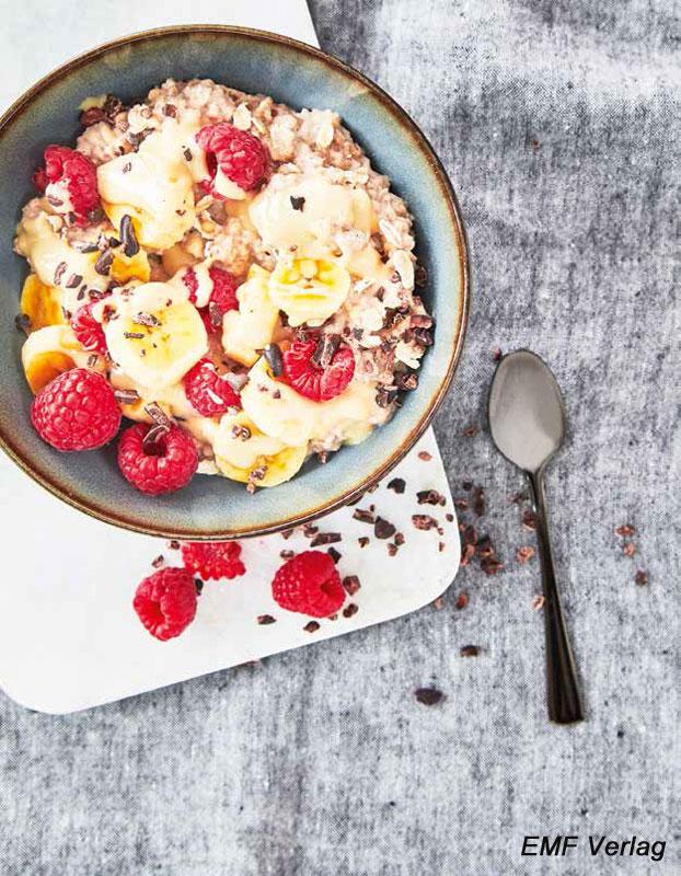 Overnight-Oats mit Kakao-Nibs: abends zubereiten, morgens genießen