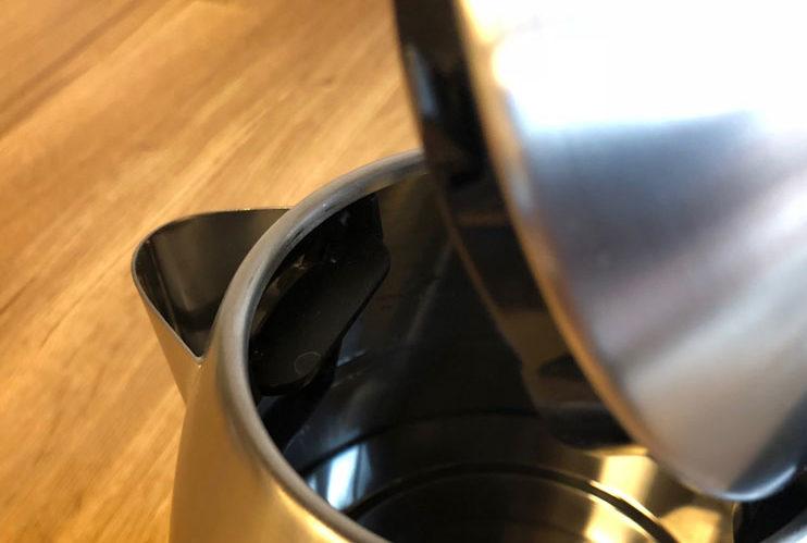 Entkalkter Wasserkocher