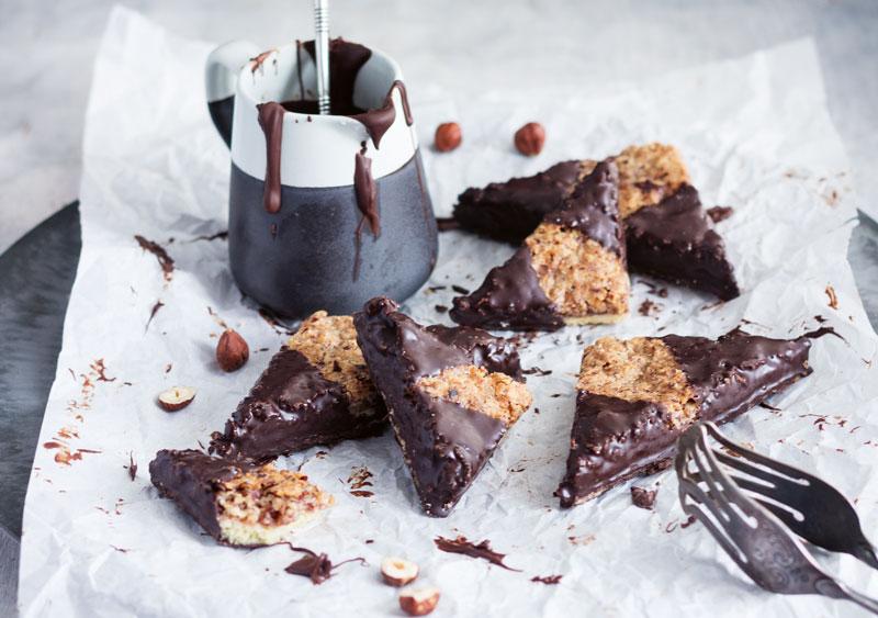Rezept für Nussecken mit dunkler Schokolade